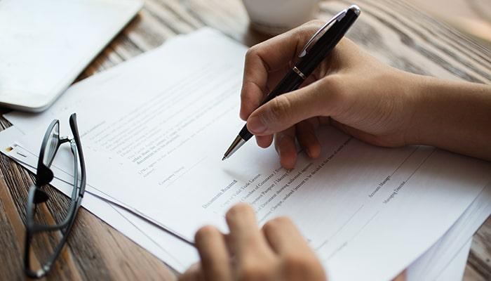 Rediger des contrats